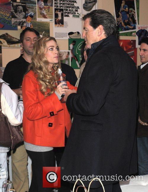 Denise Richards and Pierce Brosnan 3