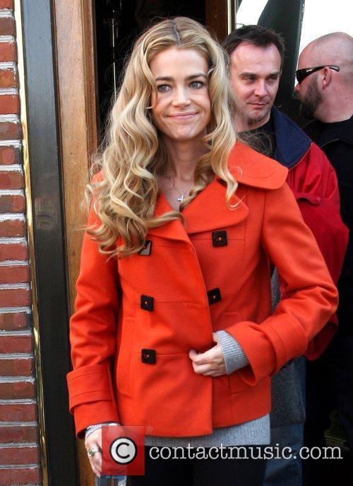 Denise Richards 4