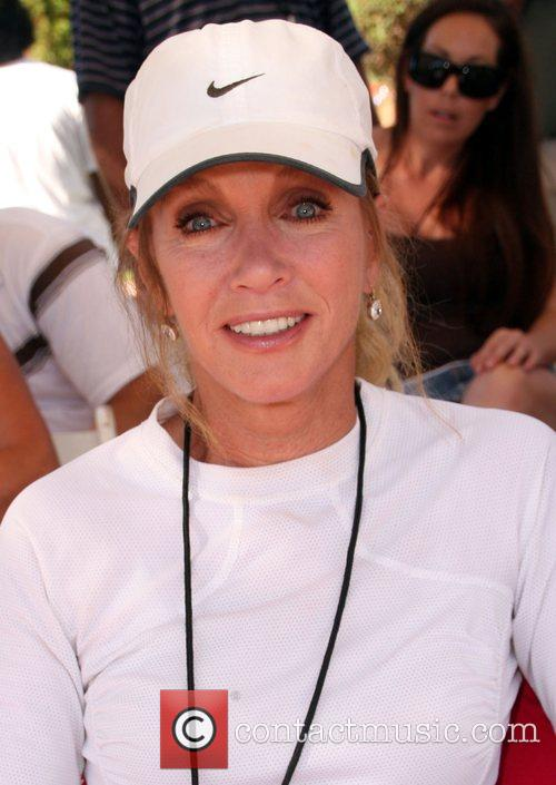 Donna Mills All-Star Tennis Smash charity event to...