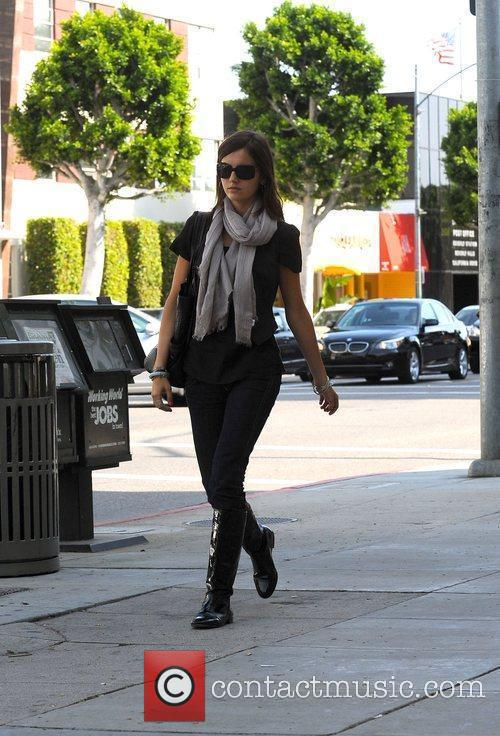 Takes a stroll through Beverly Hills
