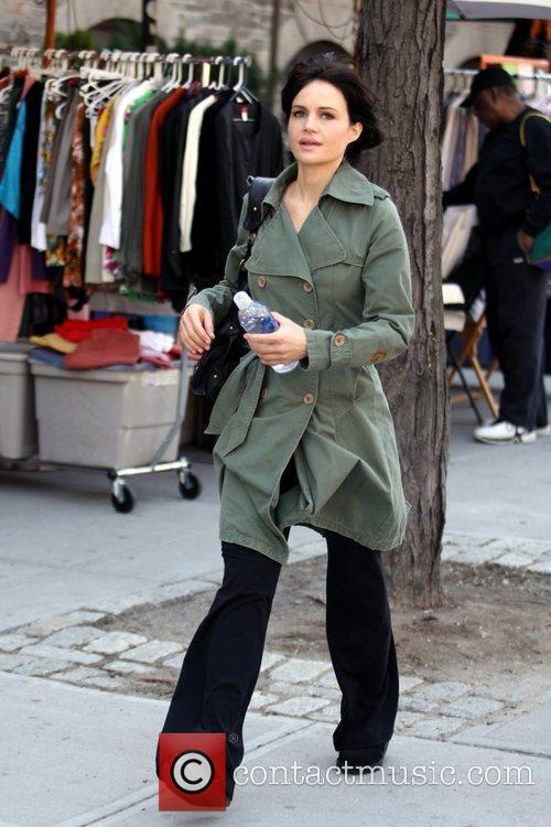 'Watchmen' co-star Carla Gugino out shopping in SoHo,...