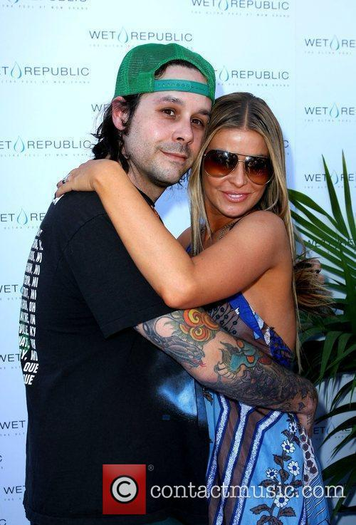 Carmen Electra and Rob Patterson 4