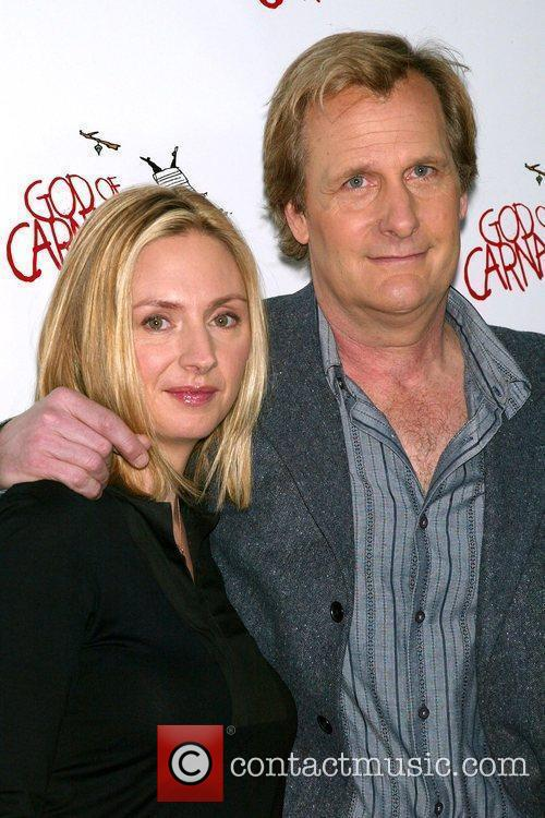 Hope Davis and Jeff Daniels 2