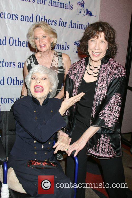 Tippi Hedren, Carol Channing and Lily Tomlin 3