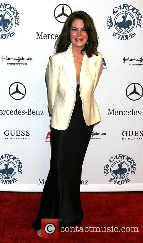 Lara Flynn Boyle 8