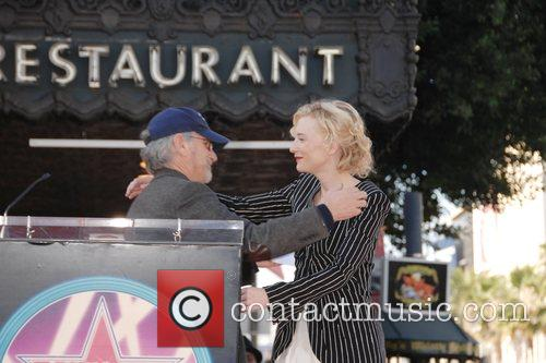 Steven Spielberg and Cate Blanchett 5