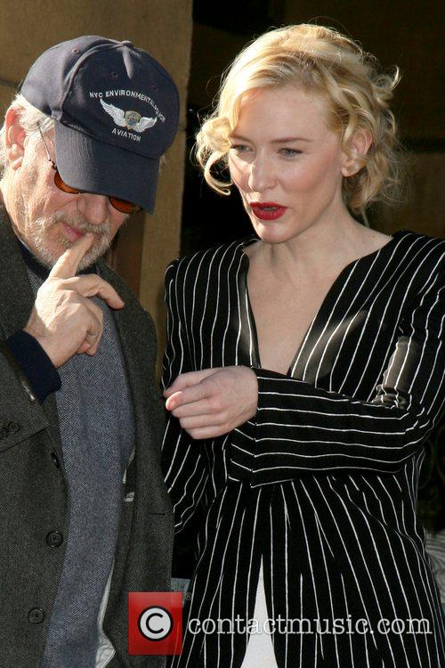 Steven Spielberg and Cate Blanchett 9