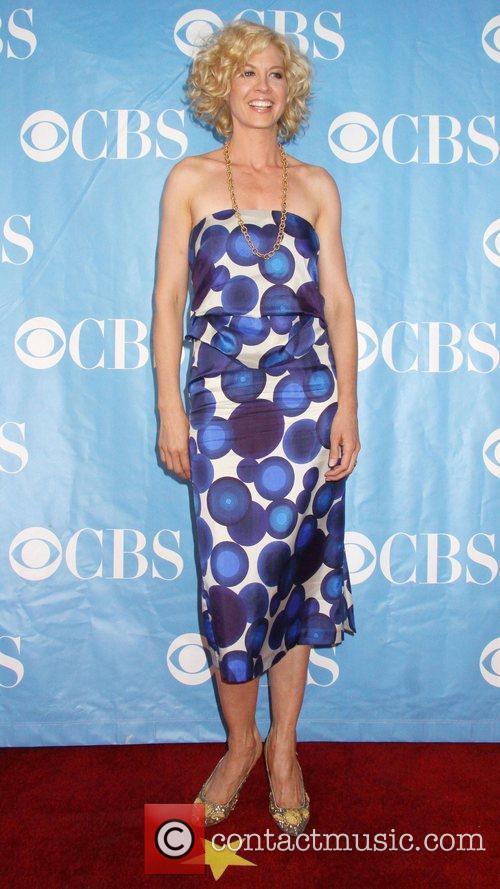 Jenna Elfman and Cbs 1