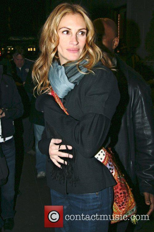 Julia Roberts and Manhattan Hotel 3