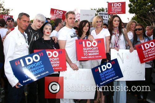 Adam Shankman, Kelly Osbourne, Perez Hilton, Sophia Bush and The Streets 3