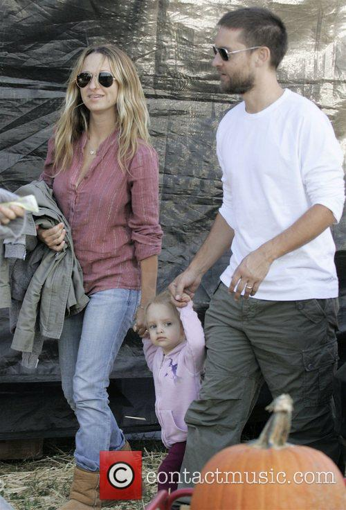 Tobey Maguire at pumpkin patch at West Hollywood....