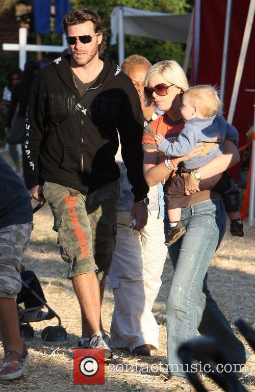 Tori Spelling and Family 1