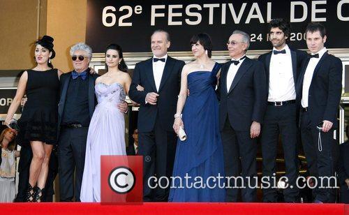 Rossy De Palma, Pedro Almodovar and Penelope Cruz 4