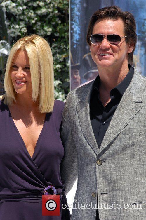 Jim Carrey and Jenny Mccarthy 9