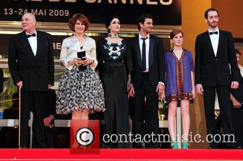 Fanny Ardant with cast and crew 2009 Cannes...