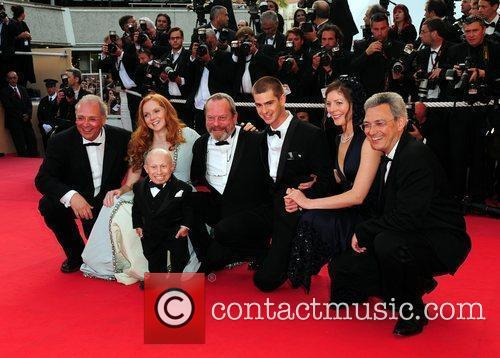 Verne Troyer, Lily Cole and Terry Gilliam 8