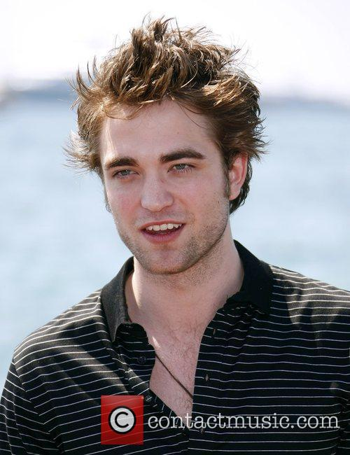 rob pattinson 2424272