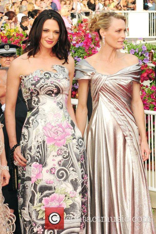 Asia Argento, Robin Wright Penn 2009 Cannes International...