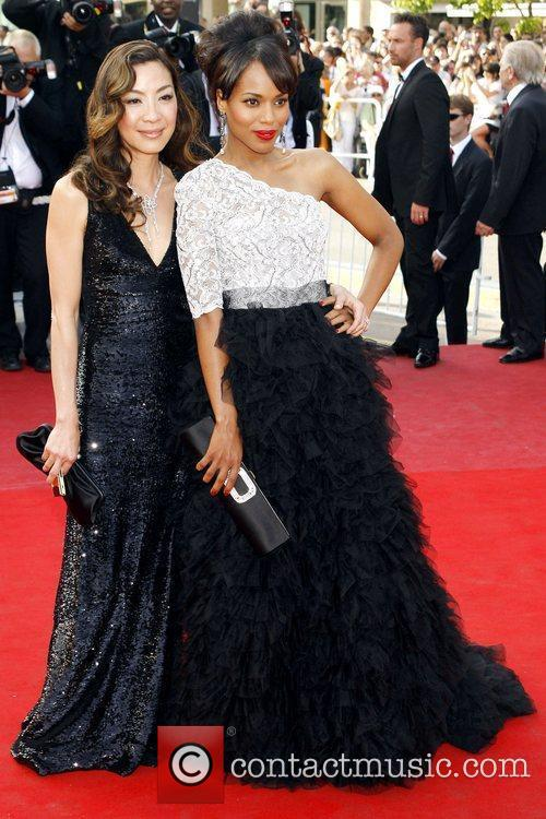 Michelle Yeoh and Kerry Washington 4
