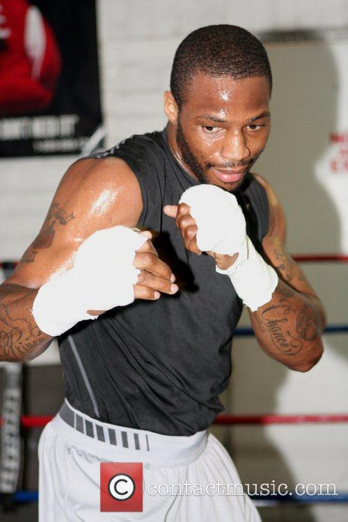 IBF/IBO Light Heavyweight Champion Chad Dawson shows his...
