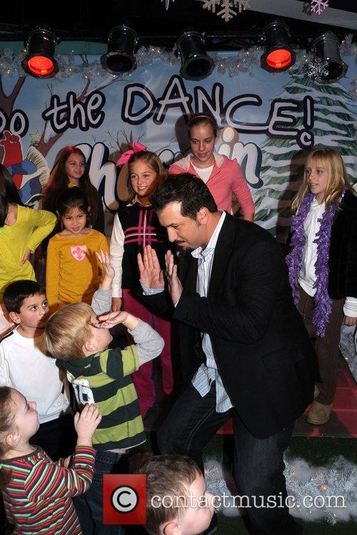 Joey Fatone and Kids 3