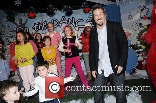 Joey Fatone and Kids 1