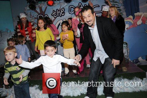 Joey Fatone and Kids 4