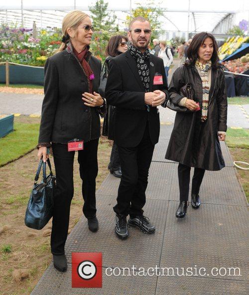 Barbara Bach and Ringo Starr 8