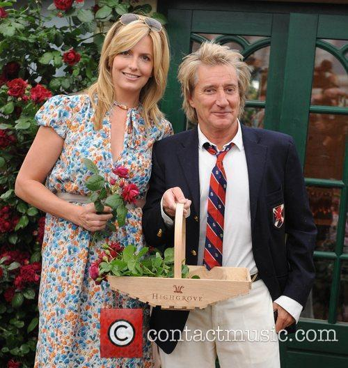 Penny Lancaster and Rod Stewart 4
