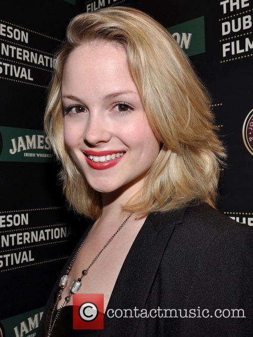 Kimberley Nixon 4