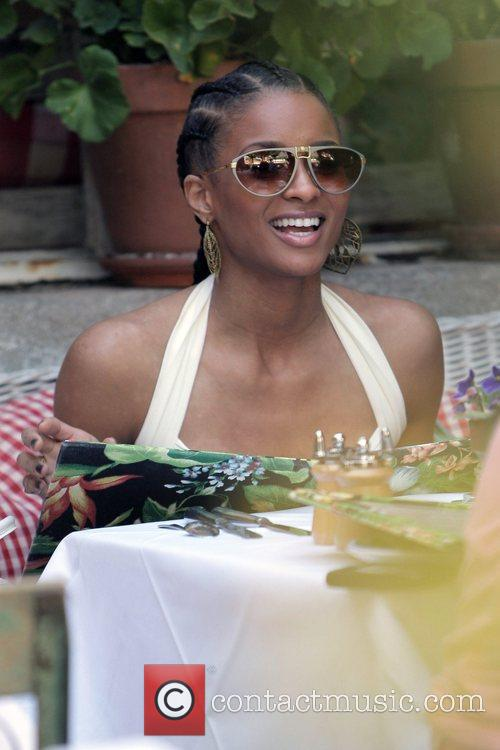 Ciara  enjoys a late lunch at the...