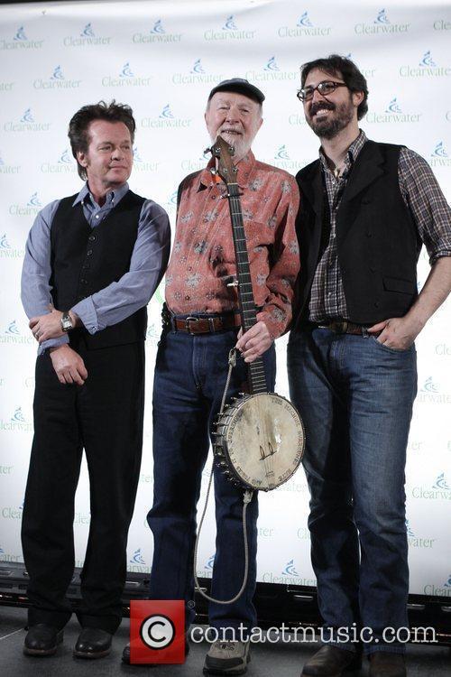 Pete Seeger, John Mellencamp, Tao Rodriguez-Seeger