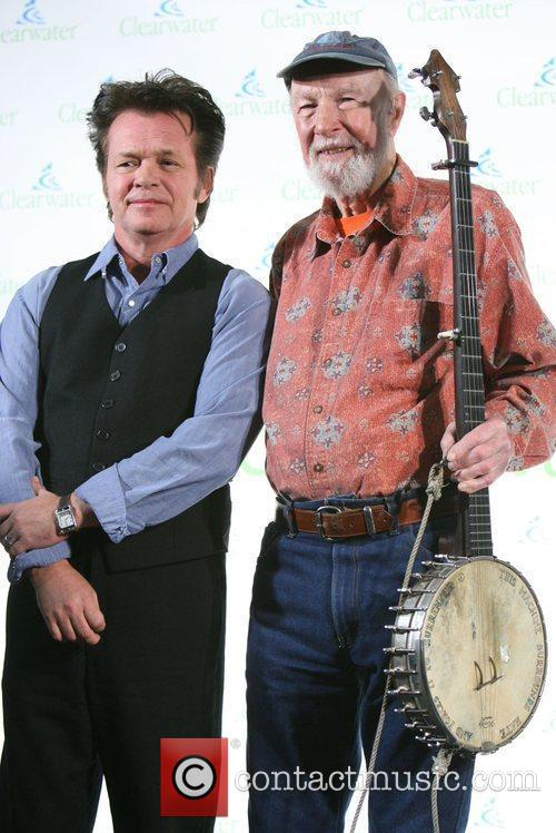 John Mellencamp, Pete Seeger and Removed Photos 1