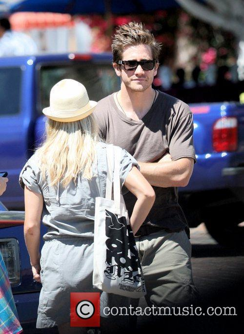Reese Witherspoon and Jake Gyllenhaal out and about...