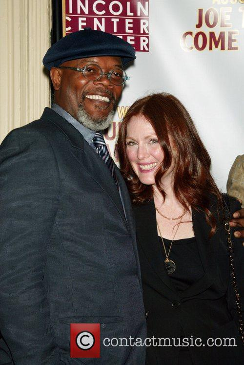 Samuel L Jackson and Julianne Moore 5