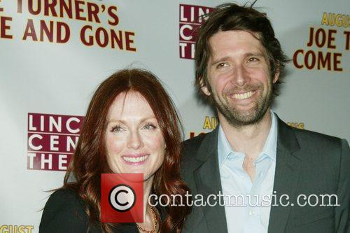 Julianne Moore and her husband Bart Freundlich 7