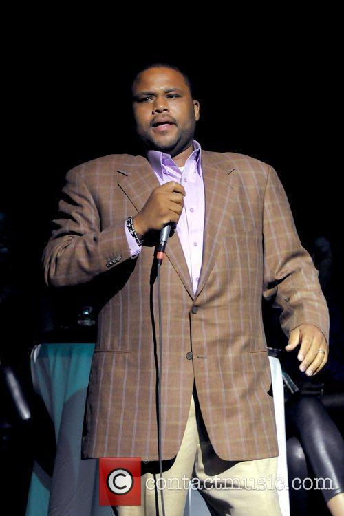Anthony Anderson performs during the 2nd Annual Memorial...