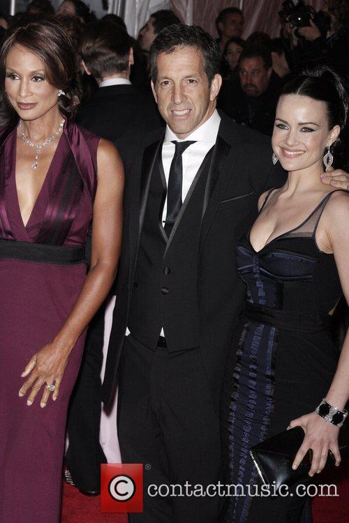 Kenneth Cole and Carla Gugino 3