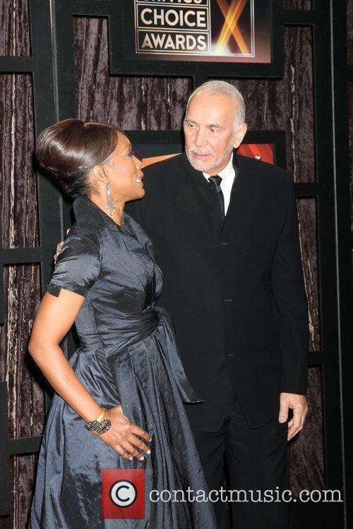 Angela Bassett and Frank Langella 4