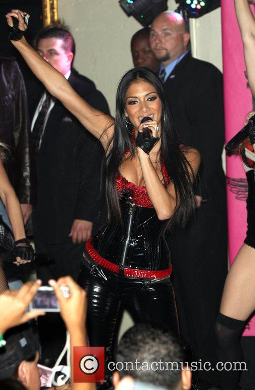 Nicole Scherzinger and Mtv 3