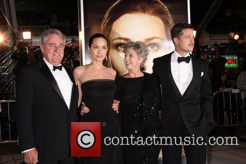Bill Pitt and Angelina Jolie 3