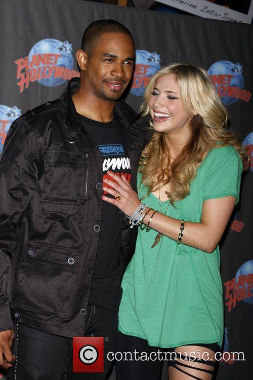 Shoshana Bush and Damon Wayans 4
