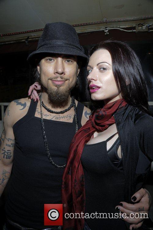 Dave Navarro and Darenzia 2