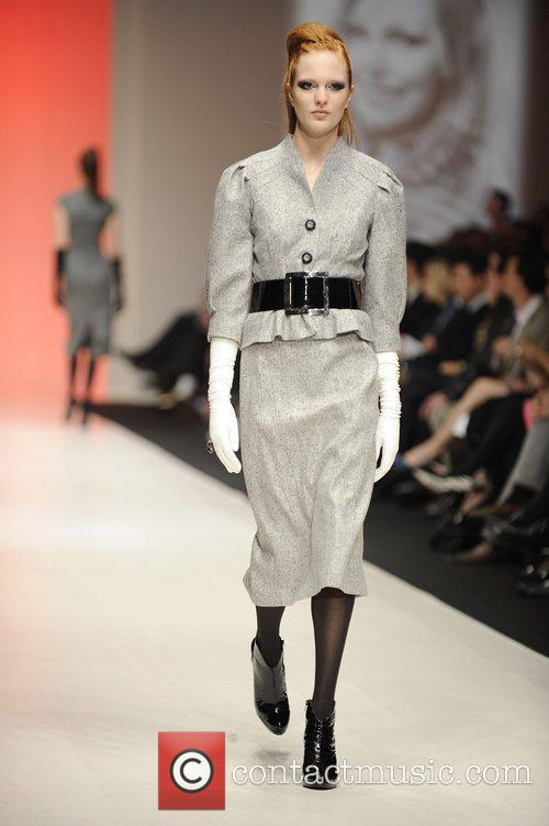 Model LG Fashion Week - Fall Collection 2009...