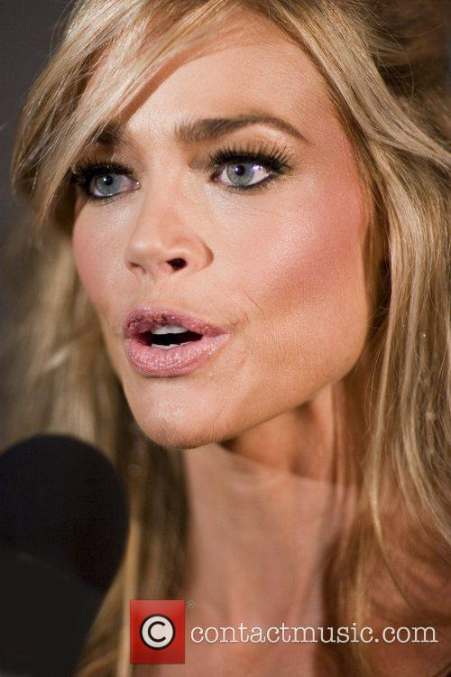 denise richards 2230649