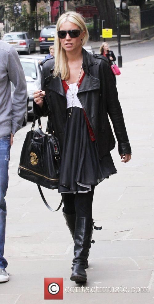 Denise Van Outen goes for lunch with a...