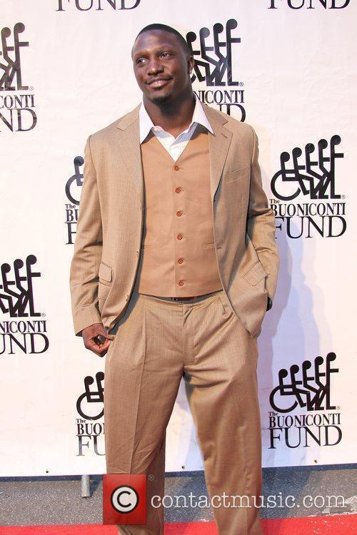 Tavares Gooden Destination Fashion 2009 - arrivals Bal...