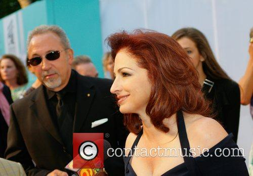Gloria Estefan Destination Fashion 2009 - Arrivals Bal...
