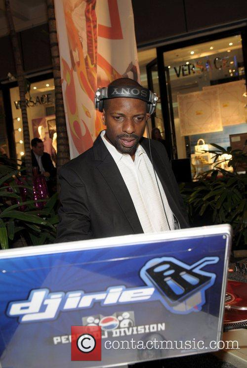 DJ Irie Destination Fashion 2009 - Inside Miami,...