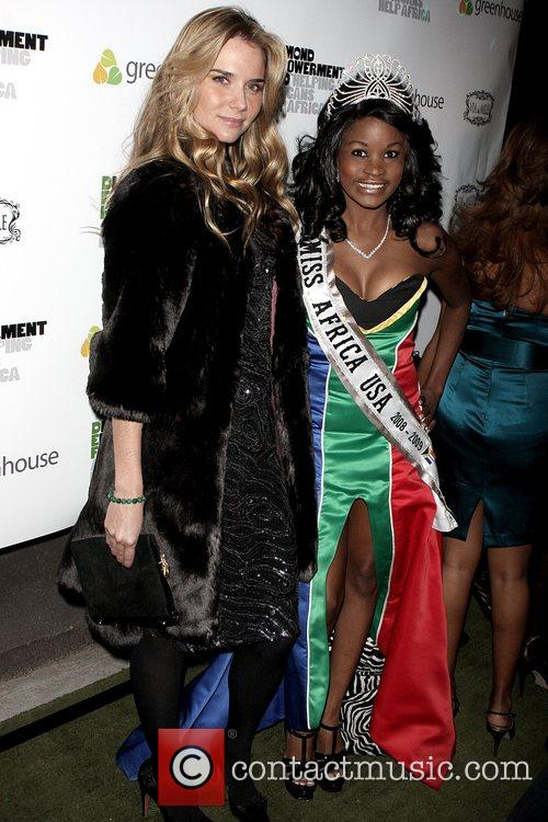 Nicola Breytenbach and Miss Africa USA 2008 Nyasha...